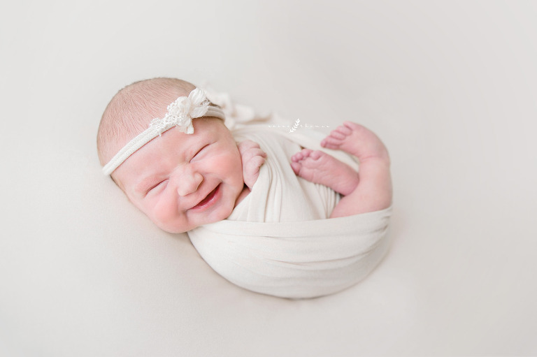 Why-Hire-a-Professional-Newborn-Photographer-Experience-Matters