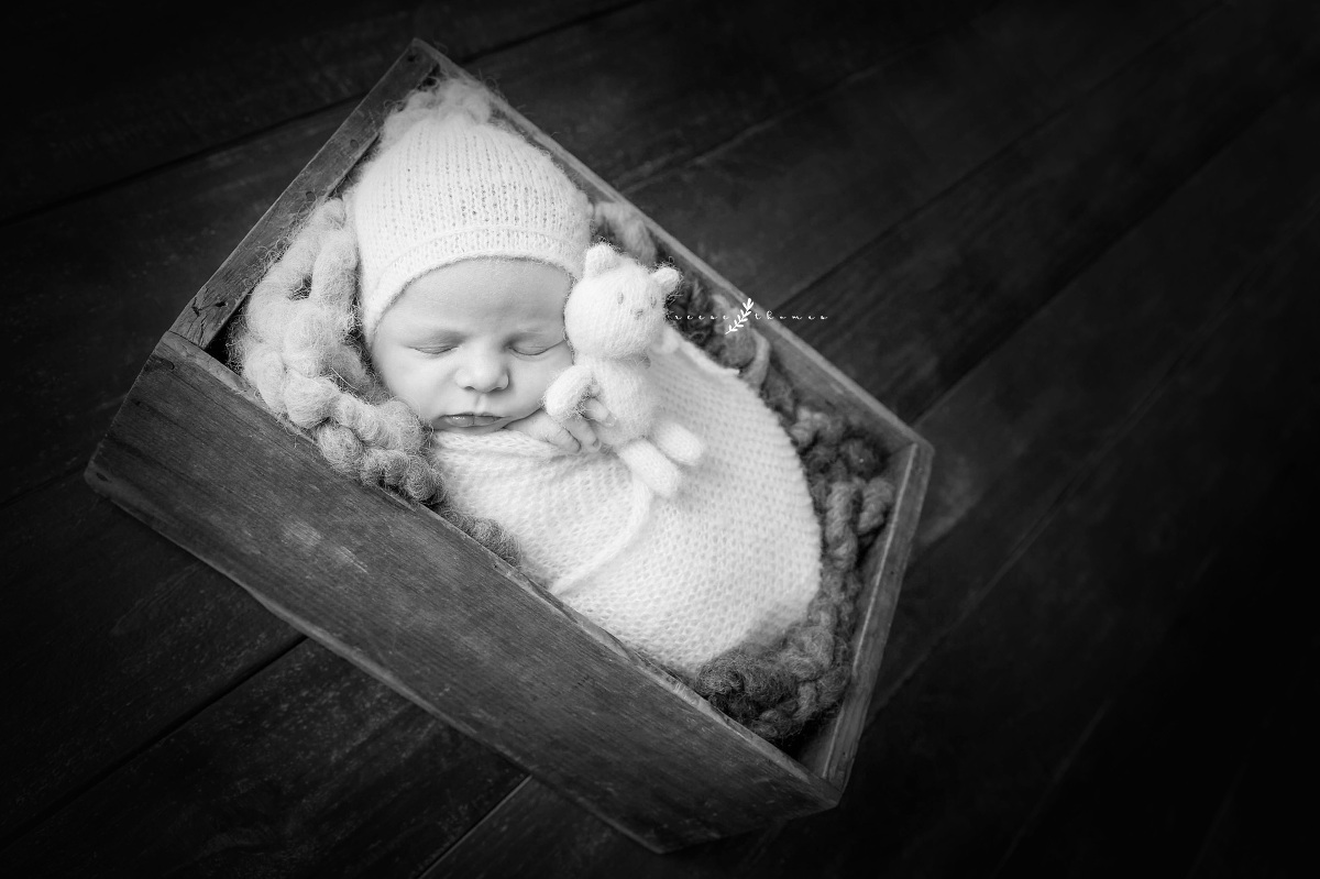 Orange-County-Newborn-Photography-Black-and-White-Baby-Holding-Bear