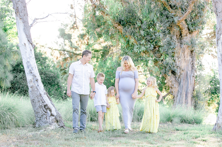 Orange-County-Newborn-Photographer-Outdoor-Family-Maternity-Session