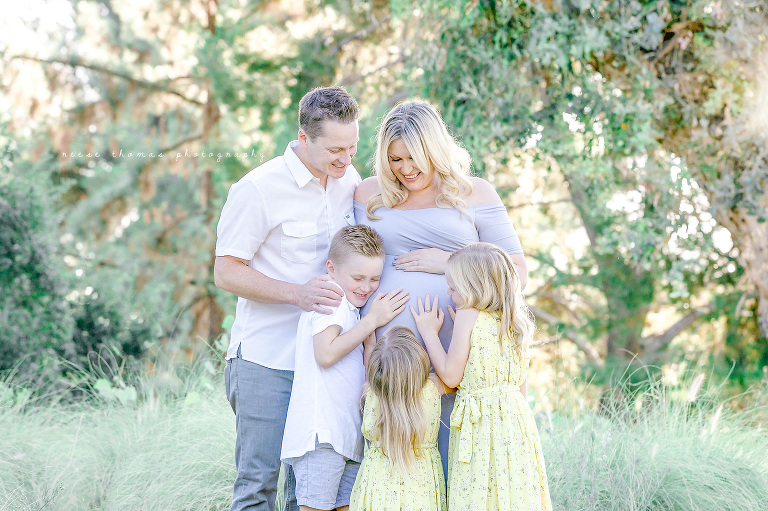 Orange-County-Newborn-Photographer-Outdoor-Family-Maternity-Session-Close-Up