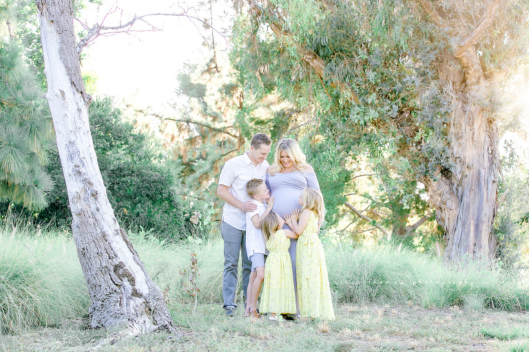 Orange-County-Newborn-Photographer-Outdoor-Family-Maternity-Session-Golden-Hour