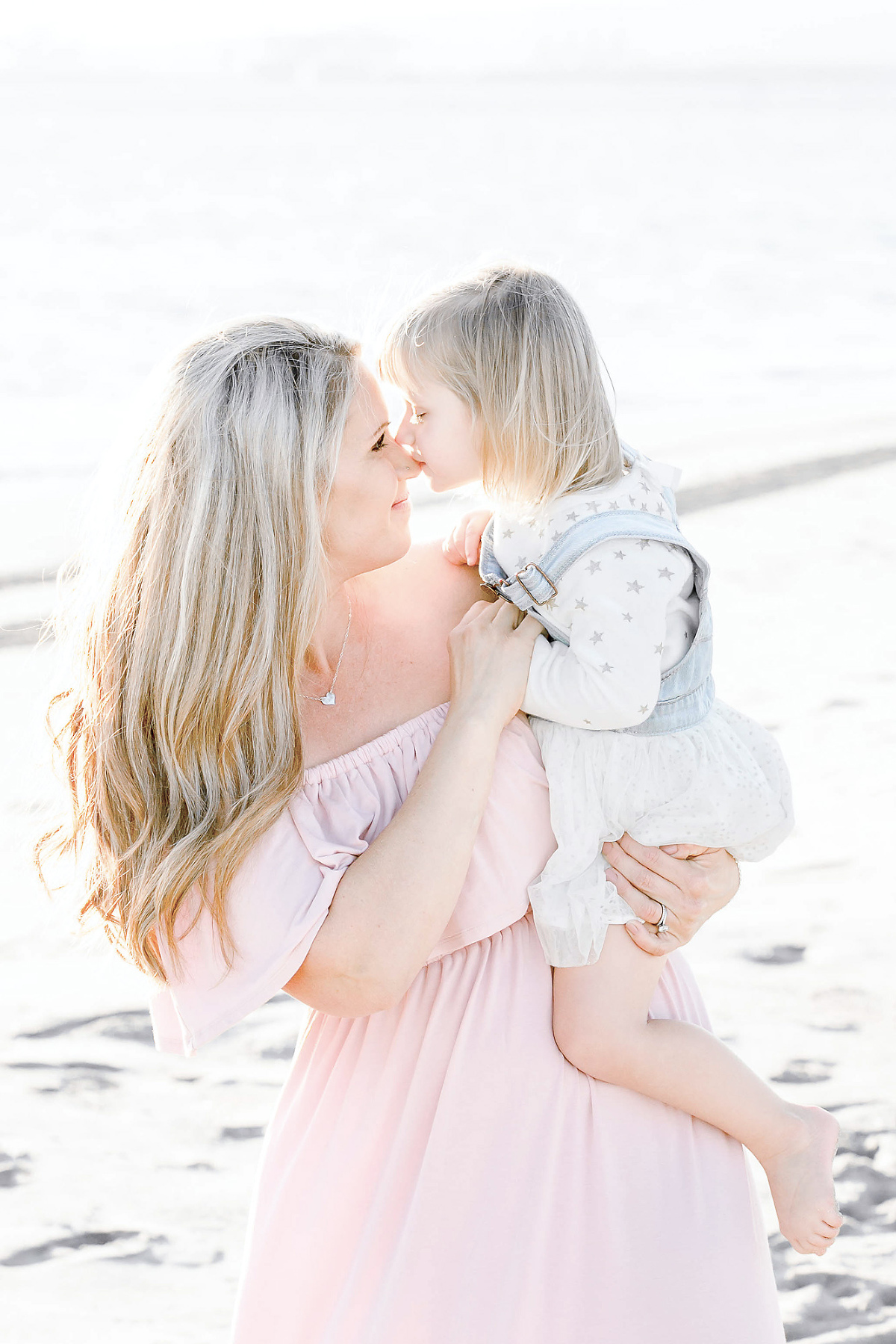 Family-Pictures-Orange-County-Family-Photographer-Light-and-Bright-Beach-Session-Mom-and-Daughter